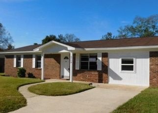 Foreclosed Home en SQUIRE DR, Cantonment, FL - 32533