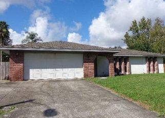 Foreclosed Home en RILEY AVE NE, Palm Bay, FL - 32907