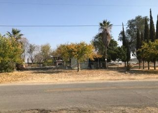 Foreclosed Home en AMADOR ST, Madera, CA - 93638