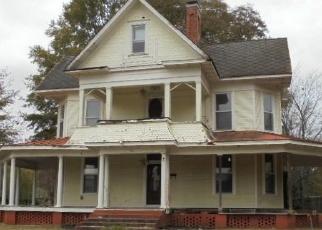 Foreclosed Home in N MORRILL ST, Morrilton, AR - 72110