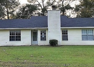 Foreclosed Home in MCMILLAN DR, Bay Minette, AL - 36507