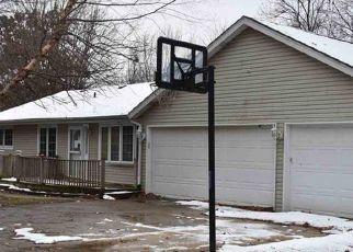 Foreclosed Home in GREENLAWN CT, Pekin, IL - 61554