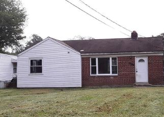 Foreclosed Home en BELLEFONTE LN, Clinton, MD - 20735