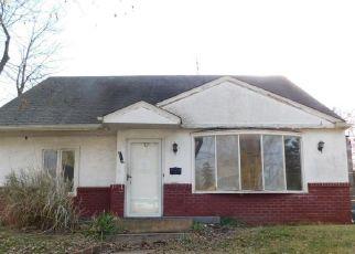 Foreclosed Home in AMHURST AVE, Somerdale, NJ - 08083