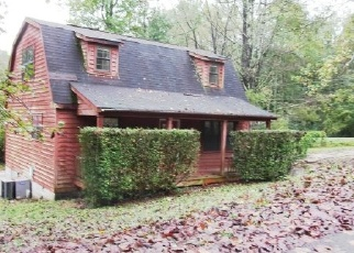 Foreclosed Home in HOLLOW RD, Cosby, TN - 37722