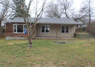 Casa en ejecución hipotecaria in Cassville, MO, 65625,  STATE HIGHWAY C ID: F4326054