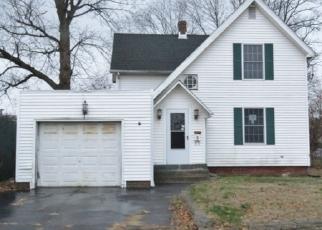 Casa en ejecución hipotecaria in East Hartford, CT, 06108,  TOLLAND ST ID: F4326075