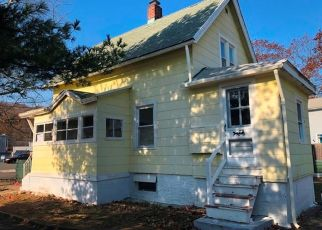 Foreclosed Home in WEBB ST, Hamden, CT - 06517