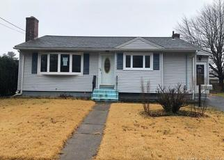 Foreclosed Home in ROXBURY RD, East Hartford, CT - 06118