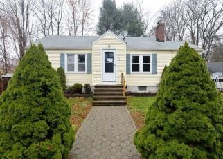 Foreclosed Home in ROBIN LN, New Haven, CT - 06515