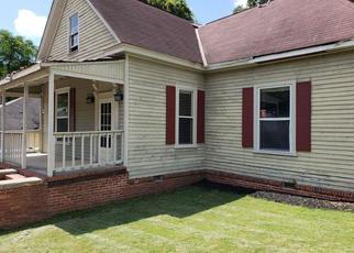 Foreclosed Home in 8TH AVE, Phenix City, AL - 36867