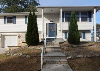 Foreclosed Home in BEECH AVE, Woodbury Heights, NJ - 08097