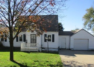 Foreclosed Home in MCGINLEY ST, Washington, IL - 61571
