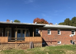 Foreclosed Home en E HAZEL MOUNTAIN RD, Dante, VA - 24237