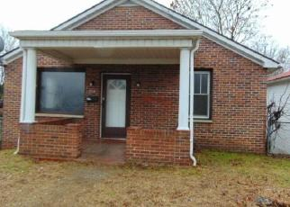 Foreclosure Home in Beckley, WV, 25801,  LINCOLN ST ID: F4326347