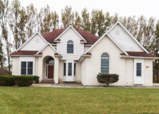 Foreclosed Home in MEADOWBERRY CT, Bay City, MI - 48706