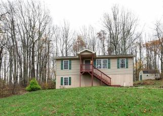 Foreclosed Home en FREEZE RD, Linden, VA - 22642