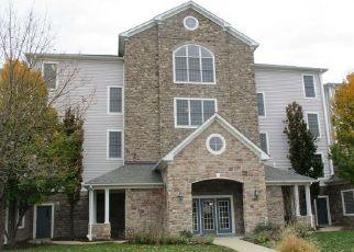 Foreclosed Home en WATER PARK DR, Belcamp, MD - 21017