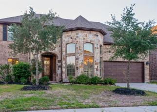 Foreclosed Home in S KINGS MILL LN, Kingwood, TX - 77339