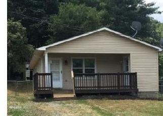 Foreclosed Home en CRAWFORD AVE, Richlands, VA - 24641