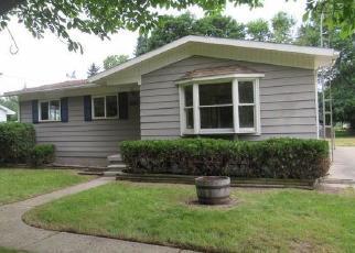 Foreclosed Home en N HILLCREST CIR, Flint, MI - 48506