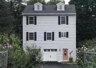Foreclosed Home en LIBERTY AVE, Danbury, CT - 06810