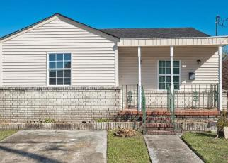 Foreclosed Home in WALLACE DR, New Orleans, LA - 70122