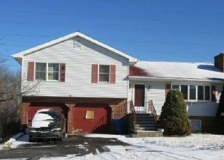 Foreclosed Home in HERITAGE DR, Waterbury, CT - 06708