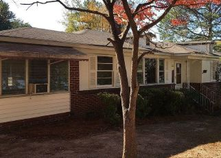 Foreclosed Home in KAISER AVE, Columbia, SC - 29204