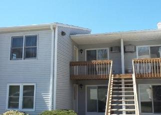 Foreclosed Home in UPPER VALLEY DR, New Milford, CT - 06776