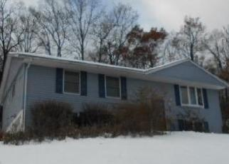 Foreclosed Home en MOUNTAINVIEW DR, Highland Mills, NY - 10930