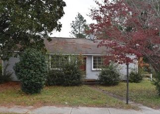 Foreclosed Home in GODWIN AVE, Lumberton, NC - 28358