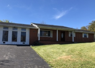Foreclosed Home en PHIPPS CIR, Clintwood, VA - 24228