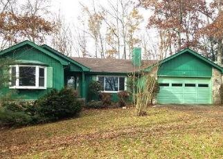 Foreclosed Home in CANTERBURY DR, Crossville, TN - 38558