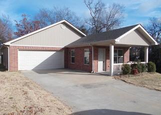 Foreclosed Home in W 13TH ST, Little Rock, AR - 72204