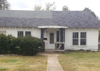 Foreclosed Home in N 4TH ST, Union City, TN - 38261