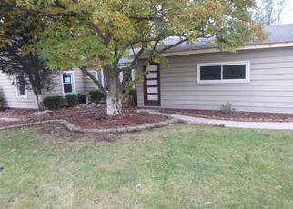 Foreclosed Home in RIVERSIDE DR, Dolton, IL - 60419
