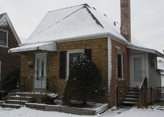 Foreclosed Home en S AVENUE M, Chicago, IL - 60617