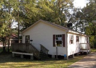 Foreclosed Home in VAN BUREN ST, Laurel, MS - 39440