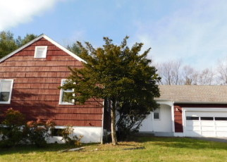 Foreclosed Home in EISENHOWER DR, Middletown, NY - 10940