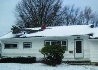 Foreclosed Home en KIRK RD, Youngstown, OH - 44511
