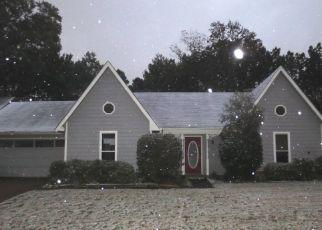 Foreclosed Home in VAN EATON LN, Memphis, TN - 38133