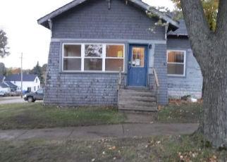 Foreclosed Home en CRIPPEN ST, Cadillac, MI - 49601