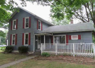 Foreclosed Home en CHESTNUT ST, Lake City, PA - 16423