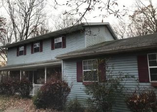 Foreclosed Home en GABRIEL DR, East Stroudsburg, PA - 18301