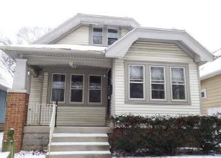 Foreclosed Home en N 59TH ST, Milwaukee, WI - 53210