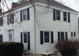 Foreclosed Home en STAFF VILLAGE DR, Dublin, VA - 24084