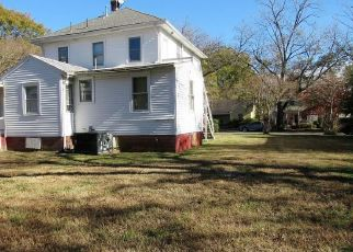 Foreclosed Home in FLORIDA AVE, Portsmouth, VA - 23707