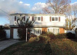 Casa en ejecución hipotecaria in Suffolk Condado, NY ID: F4327878