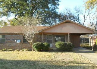 Foreclosed Homes in Little Rock, AR, 72204, ID: F4327955